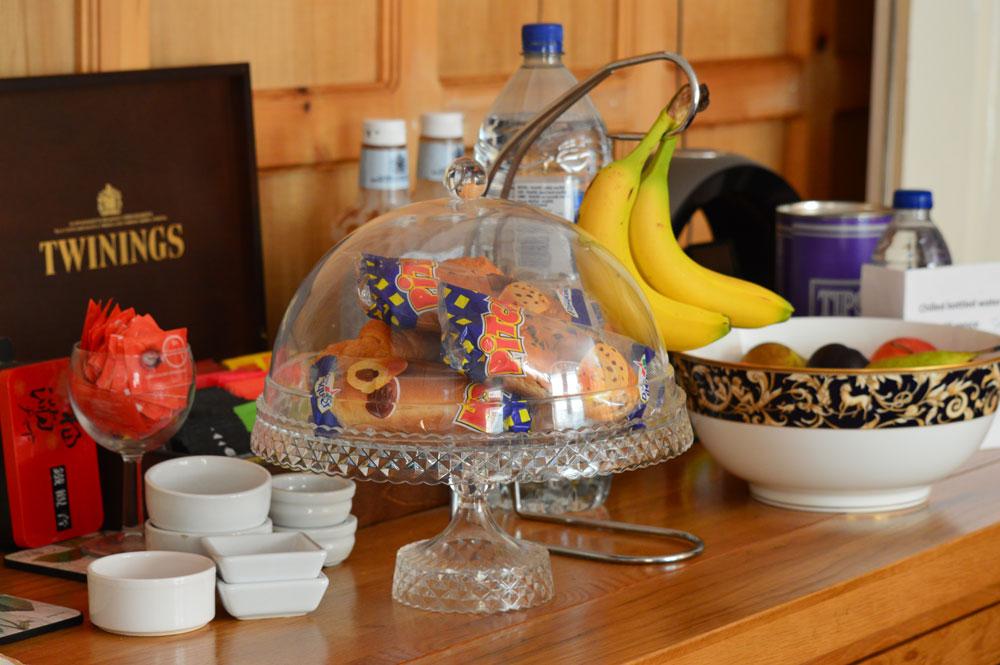 Breakfast service